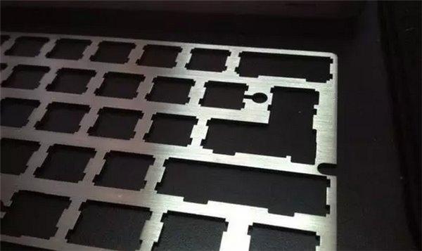 手把手教你挑选机械键盘