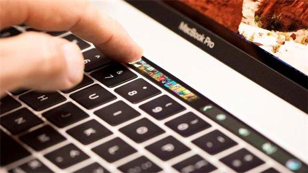 苹果2016款MacBook Pro创新放慢,微软Surface天赐良机