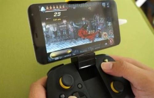 手机边玩游戏边充电