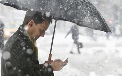 在低温环境下使用手机会缩短电池寿命