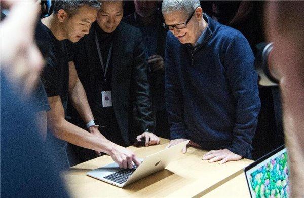 福布斯:苹果推MacBook Pro只是过渡,iPad才是未来