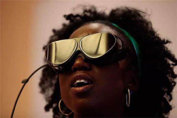 "VR已成科技前沿,但至今仍是""男孩俱乐部"""
