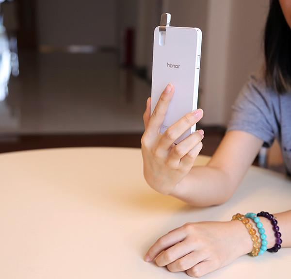 不经意的小设计 竟让手机颜值飙升