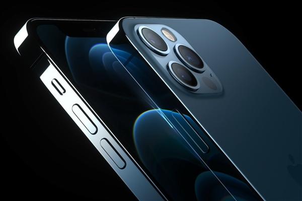 网友晒iPhone 12 Pro国行开箱:镜头微凸、不锈钢扁平中框抢眼