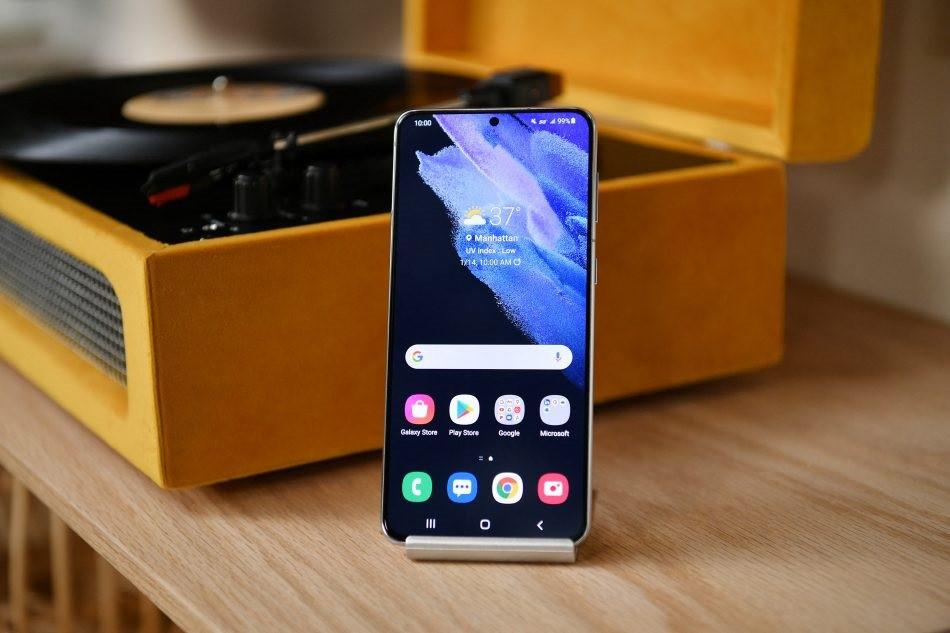 三星 Galaxy S21 系列国行版正式发布:骁龙 888+120Hz 屏,4999 元起